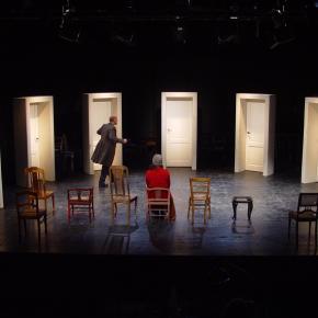 Die Stühle